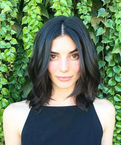 Fall Hair Cut For Women - LA Stylist Advice | The best bobs, lobs, and layers to inspire your fall haircut. #refinery29 http://www.refinery29.com/la-fall-hair-cut-inspiration
