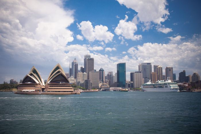 Sydney Skyline | photography by http://www.carriewildes.com/blog