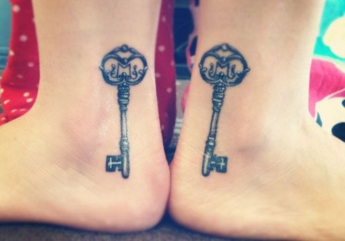 31 Charming Sister Tattoo Ideas | Creative Fan