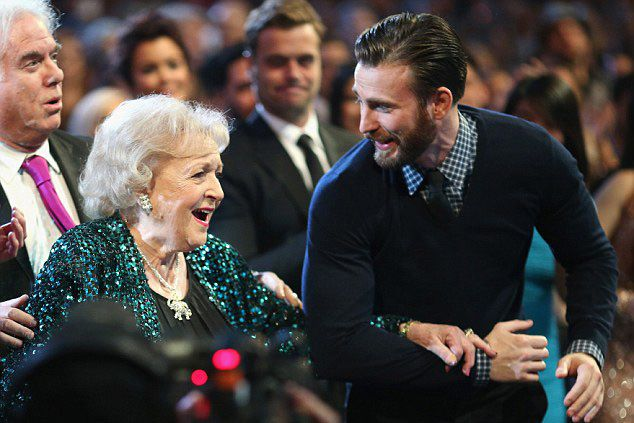 """""""Chris Evans Goes Full Captain America, Escorts betty White to the People's Choice Awards Stage"""" Give the guy a little credit, it was his own idea and not his characters, but still. Very sweet!"""