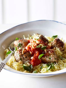 Orzo with pork meatballs
