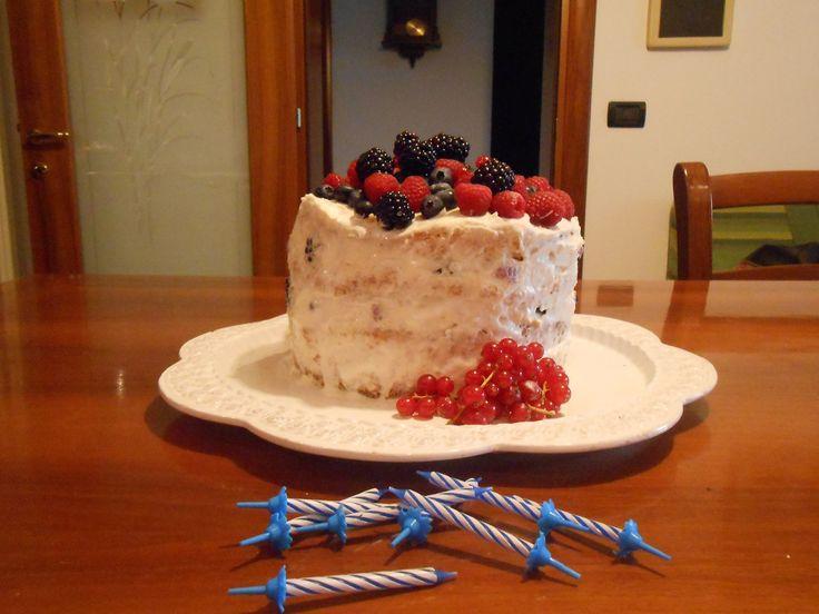 CHIFFON CAKE AL VOV E FRUTTI DI BOSCO