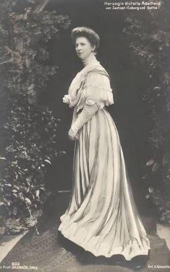 Herzogin Viktoria Adelheid von S-Coburg Gotha, nee Princess of Schleswig Holstein 1885 – 1970 | by Miss Mertens
