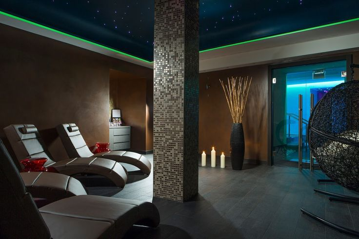 Relax in Rome. After a day strolling around the City or before starting your day, you can enjoy a moment of complete relaxation in Artemis SPA @ Hotel Artemide