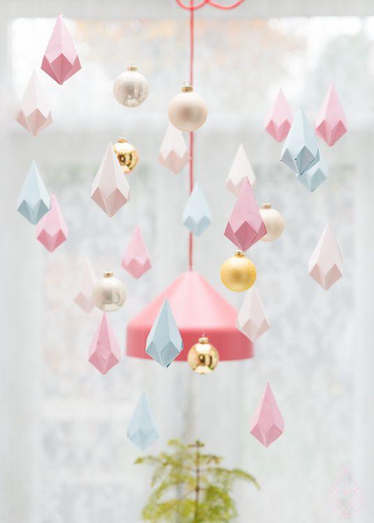 DIY paper crystals réalisation de décoration graphique: