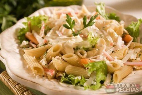 Receita de Salada de penne ao molho de laranja em receitas de saladas, veja essa e outras receitas aqui!