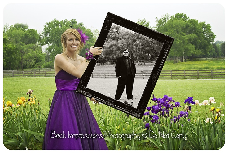 Cool idea for a prom or wedding shoot!