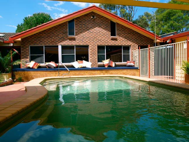 Sleeps 6-8 with sofabed. 7 minute walk to the beach. Sydney Avenue | Jervis Bay, NSW | Accommodation