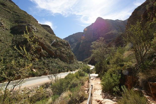 Scenic drive through Meiringspoort. Another great reason to take a road trip in South Africa! See More: http://www.where2stay-southafrica.com/blog/destinations/scenic-drive-through-meiringspoort