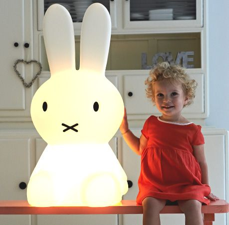 None night won't be creepy with big, pleasant lamp in shape of bunny!
