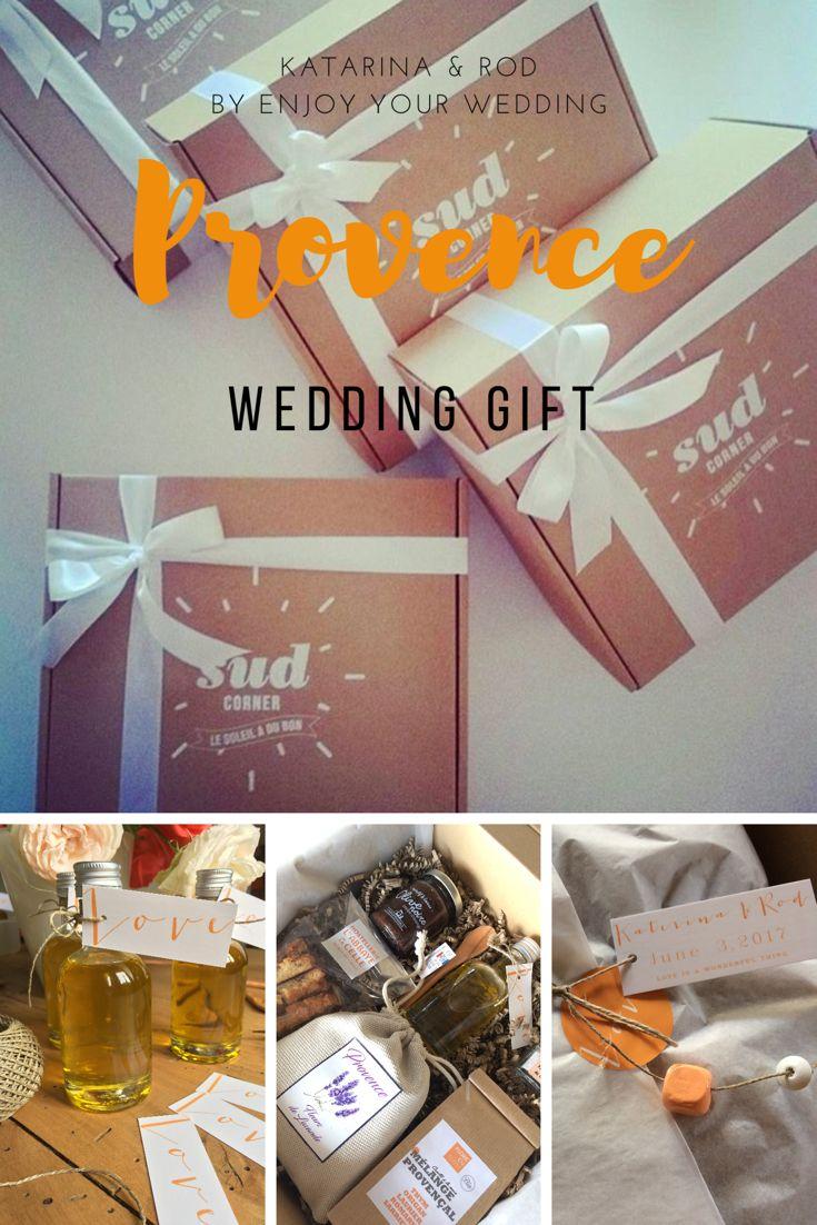 Un coffret cadeau créé pour les invités d'un mariage en Provence, avec des herbes de Provence, de la fleur de sel de Camargue, de l'huile d'olive, des croquants aux amandes, de la lavande, de la crème d'olive noire, une cuillère en bois d'Olivier
