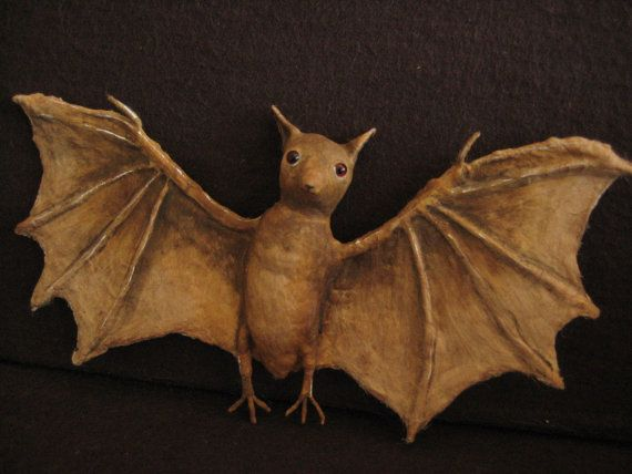 Spun Cotton Bat by Maria Pahls FREE Shipping by MRCROWSGARDEN  #TreetopiaHolidays
