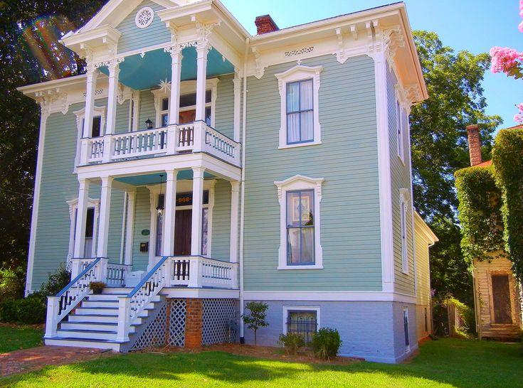 NICELY RESTORED VICTORIAN HOUSE, DANVILLE, VIRGINIA by michael jon