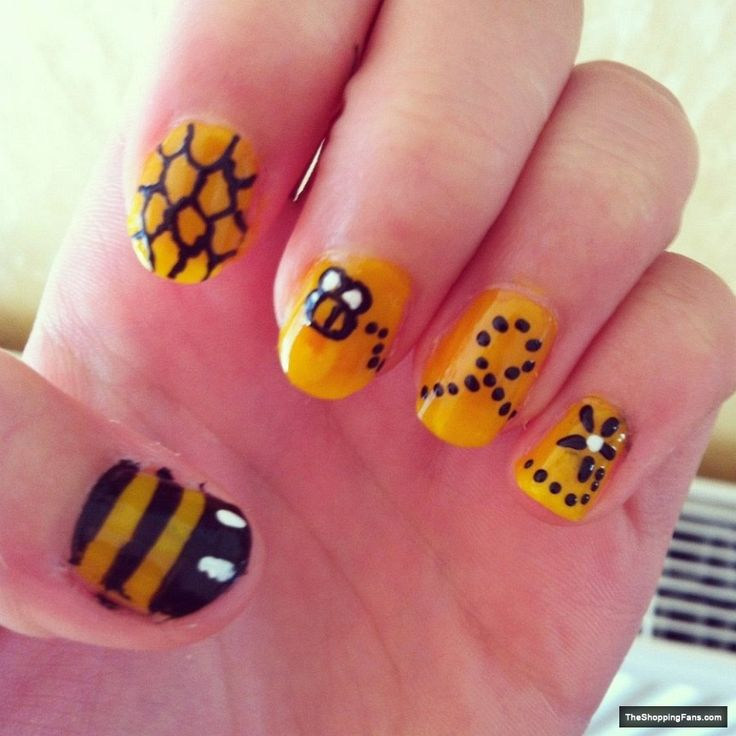 88 best nail art images on pinterest bumble bees bumble bee bee 4 nail art prinsesfo Choice Image