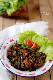 Menu ayam geprek cabe hijau ini saya contek dari mama saya. Waktu saya mudik ke Bogor, rumah mama ketempatan pengajian keluarga yang ...