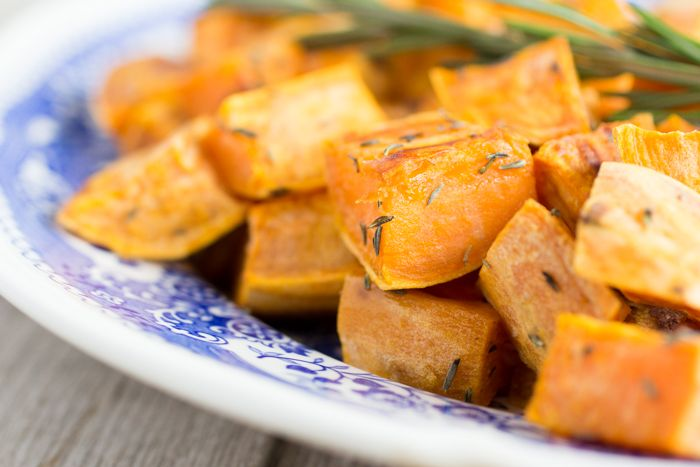 Er gaat niks boven lekkere gebakken aardappeltjes bij een heerlijke biefstuk of steak. En dat we geen aardappel meer eten hoeft geen enkel probleem te zijn! Gebakken zoete aardappels zijn net zo lekker! Zeker met…
