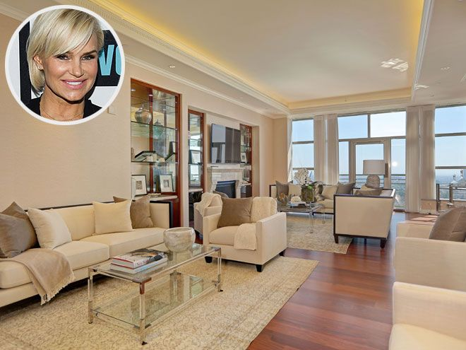 Take a Tour of Yolanda Foster's Gorgeous New Post-Split Condo (PHOTOS) | A FRESH START | Following her split from husband David Foster (and putting their sprawling $27.5 million Malibu mansion on the market), the Real Housewives of Beverly Hills star recently purchased this stunning 3,950-square-foot condo at the Carlyle Residences in Los Angeles.