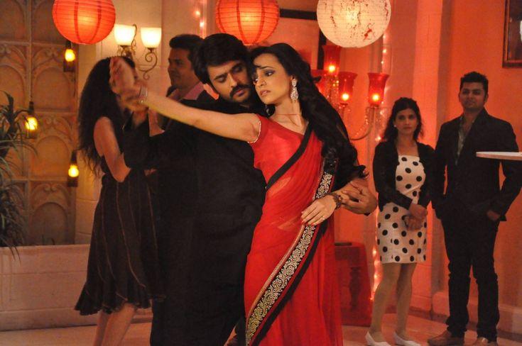 Sanaya Irani (Paro) & Ashish Sharma (Rudra) rangrasiya حبيبي دائما