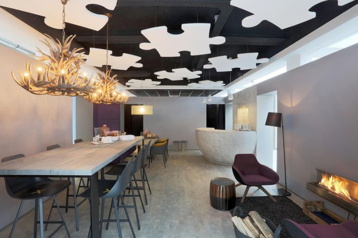 Zwevend plafond om geluidhinder tegen te gaan. #Intermontage #IBPInterieurbouw