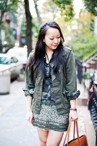 Shades of Envy -- wow - I have never seen 3 pieces of military green clothing look so good together.  well done!