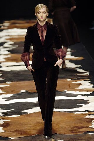 fred perry sale shoes Julien Macdonald Autumn Winter 2005 6 Ready To Wear