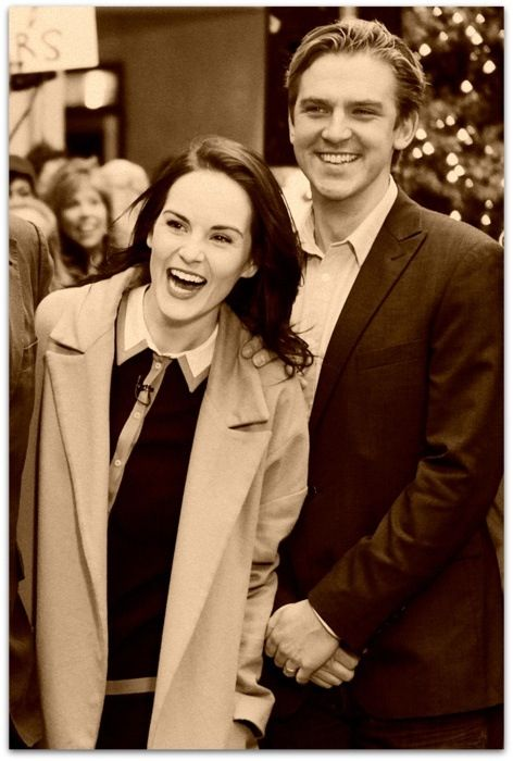 I might be a little bit in love with this photo of Michelle Dockery and Dan Stevens.... or a lot