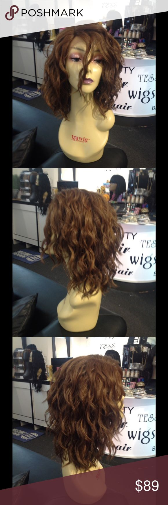 Swisslacefront wig water wave pattern 427/30 Beautiful New in stock testing the waters this is a new wig I only order thus color to see your responses put a like if you love her Accessories Hair Accessories