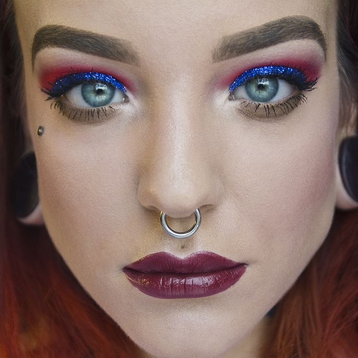 Dark Blue Glitter makeup with red eyeshadows by Koki