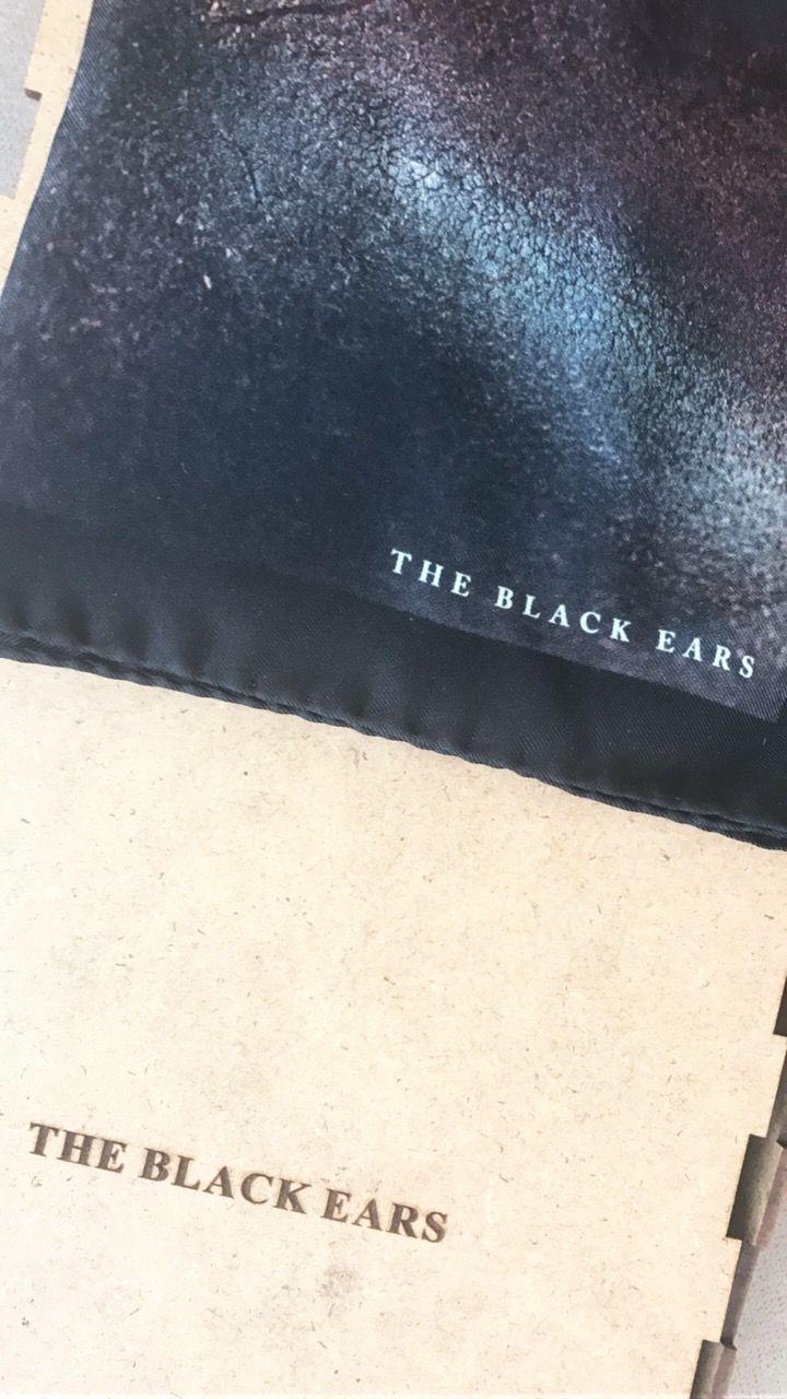 Silk pocket square Menswear THE BLACK EARS