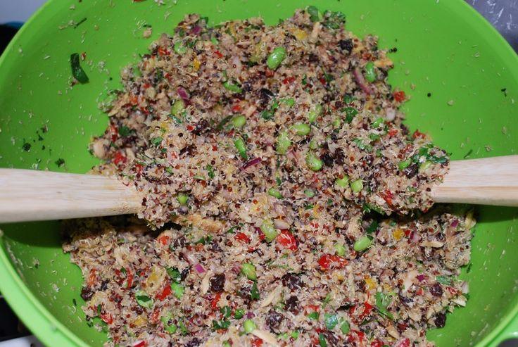 California Quinoa Salad (Whole Foods Copycat!)