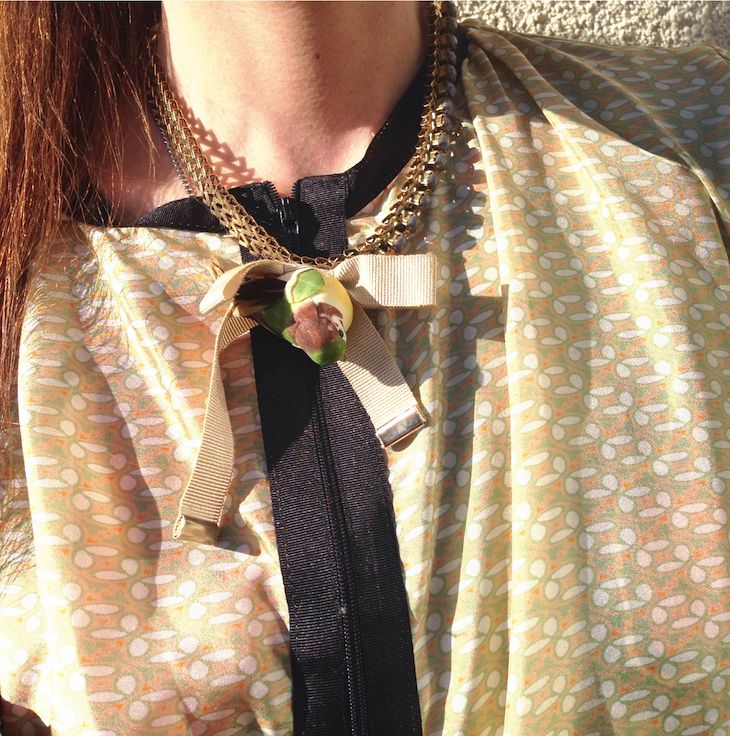 #necklace #bird #summer #bijoux #jewels #fashion #romantic #animals #uccellini #gioielli  #fashionblog #fashionblogger #trend #estate #golden  @emily enid Bijoux #girl #pet little bird necklace by fusabijoux, idee collane con uccellini, bijoux diverteni, funny bijoux, the fashion my blog, jewelry blogger, fashio...