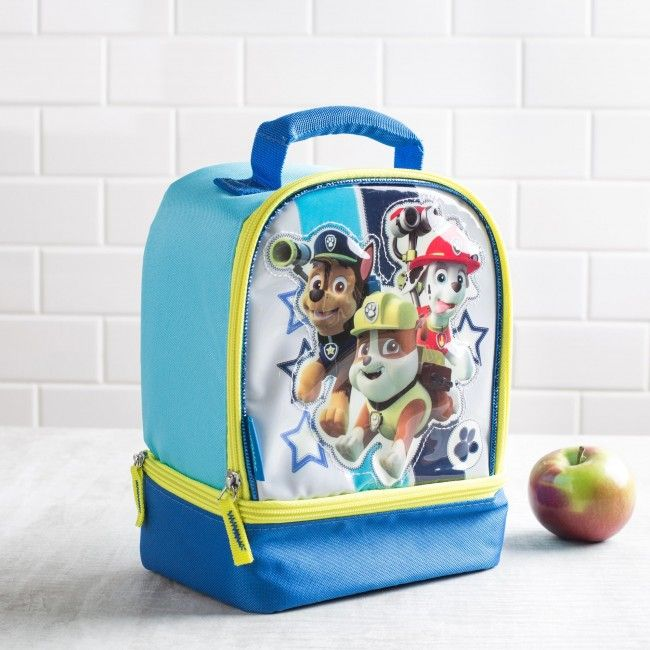 Make sure you have lunch before you head out on a rescue with this PAW Patrol lunch bag! This insulated Thermos lunch bag is perfect for taking your lunch with you. With large and small zip close compartments, a comfortable padded handle and thermal insulated design, your lunch will be as delicious as the moment it was made.