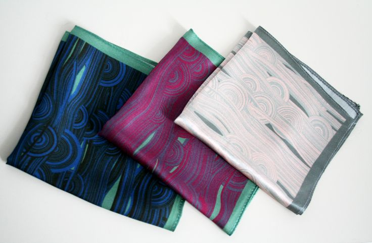 A fashionable man knows how and when to wear a pocket square. And he can really appreciate our unique computer generated patterns coming in multiple colors. #mpocketsquares #pocketsquare #silk #digitalprint #unique