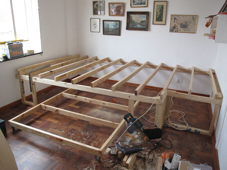 DIY raised floor with trundle bed