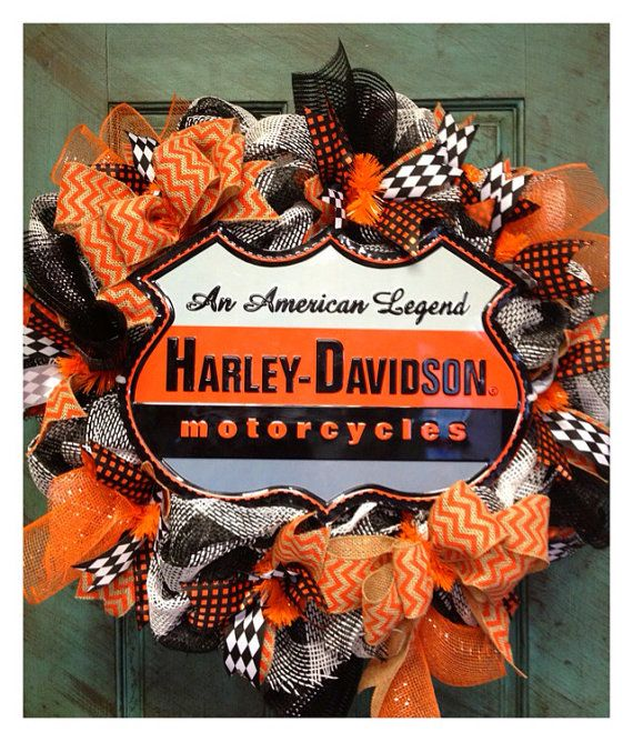 966 best ideas about wreaths on pinterest baseball for Deco harley davidson