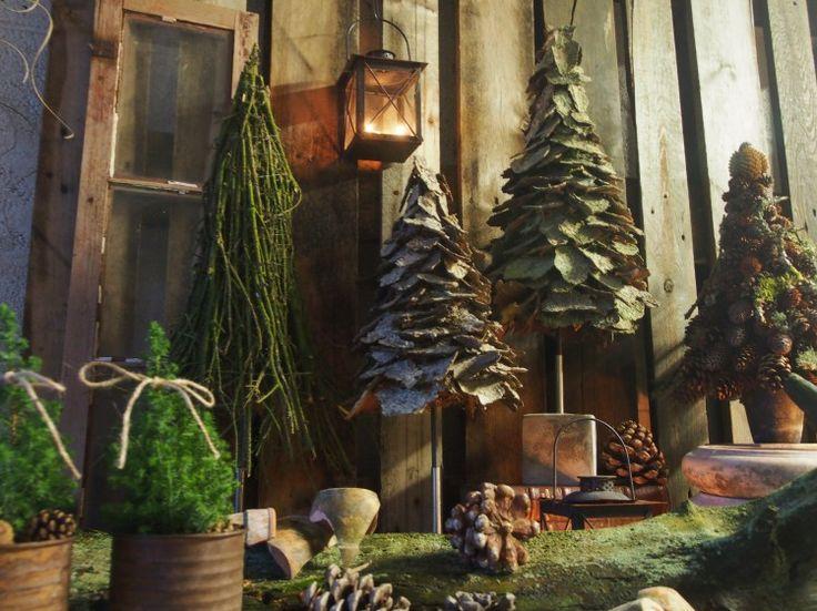 De hyggeligste julerier og julegrønt på gårdspladsen fra Hesselbækgård