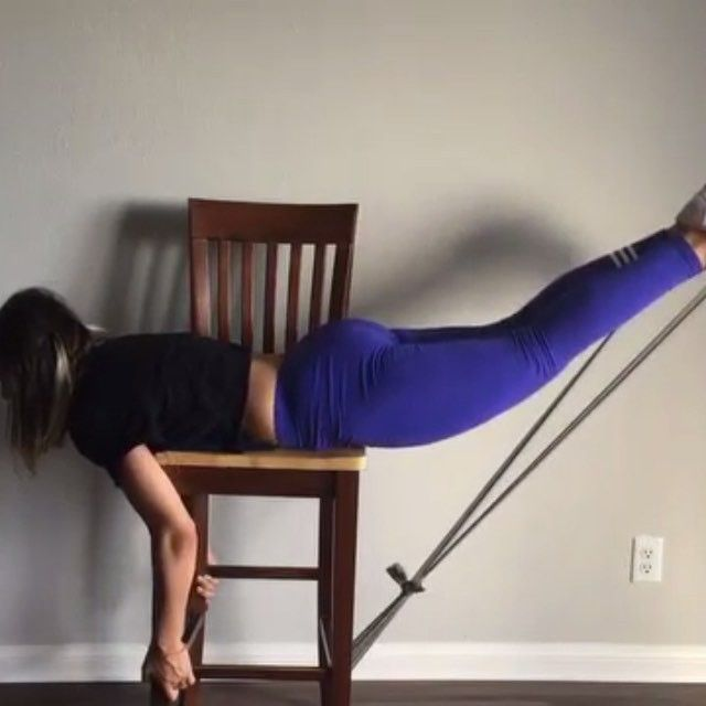 Today's home glute workout) All you need is chair and rubber bands. Rubber bands makes this workout more challenging and 🔥🔥🔥 Perform each exercise with 4 sets of 20-25 reps md @danilovajulia . Also follow 💋@lazygirlsquat 💋@lazygirlsquat