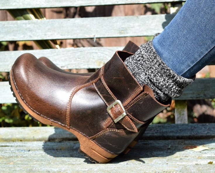 hope you're having a good Sunday! Sanita Mina clog boots in antique brown. More boots coming online next week!