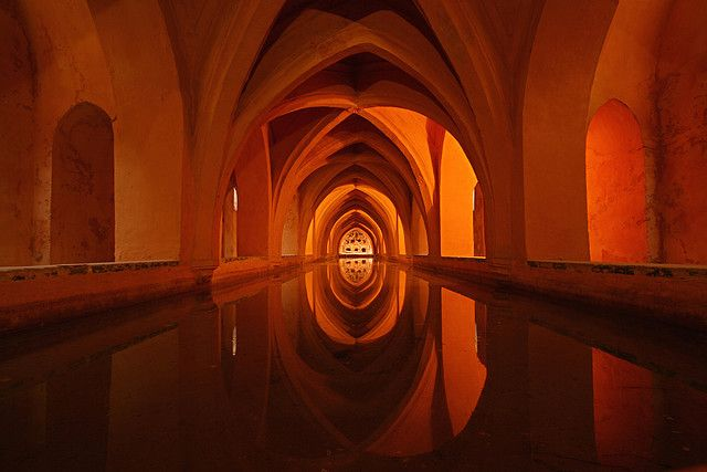 Baths in the Real Alcázar de Sevilla.