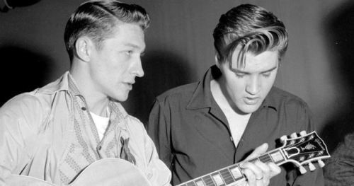 27th Dec 1931, Born on this day, Scotty Moore, guitarist, whose first group was Doug Poindexter & the Starlite Wranglers. He played on the first Sun Studios session with Elvis Presley and went on to a lengthy career with Presley, playing on many of his most famous recordings including 'Baby Let's Play House', 'Heartbreak Hotel', 'Mystery Train', 'That's All Right', 'Hound Dog' and 'Jailhouse Rock'. Moore died on 28th June 2016 aged 84.