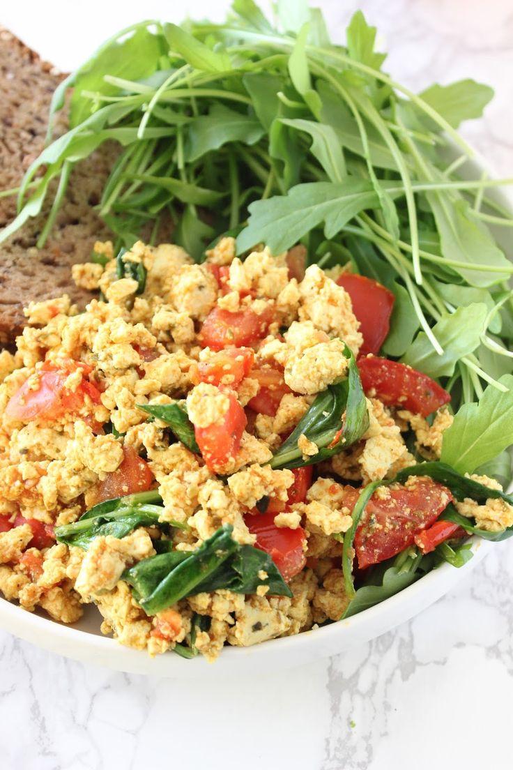 Scramble tofu (oeufs brouillés vegan), la recette parfaite pour un petit dej de compet'