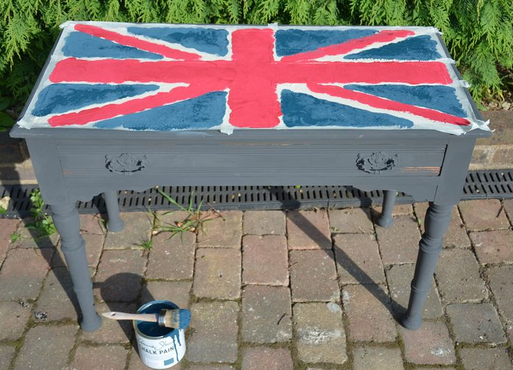 painted furniture union jack autumn vignette. I\u0027ve Applied The Aubusson In Same Manner, Leave Each Layer To Dry Between. Painted Furniture Union Jack Autumn Vignette R