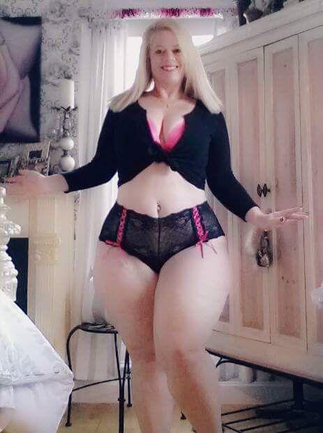 image My phat booty teasing in moist panties part 2