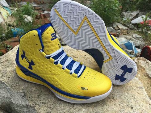 Under Armour Curry One 1 Golden State Warriors Home Gold White Blue ... 1faa4802d36c