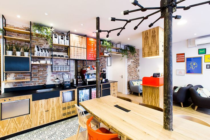 La recette de l'Anticafé continue de régaler les Parisiens, si l'on en croit cette quatrième ouverture, après Beaubourg, Olympiades