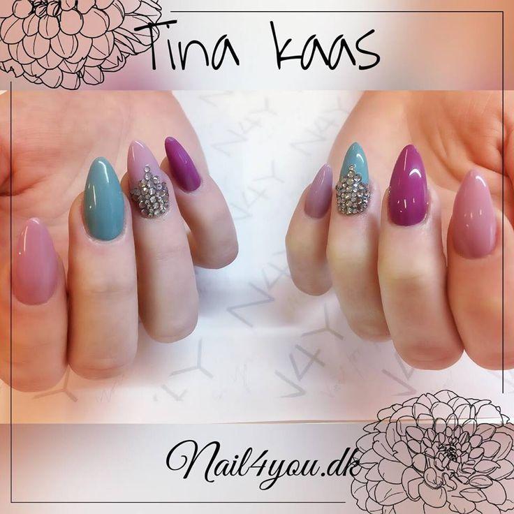 Gel Polish negle med de fede nye farver i duset, alle negle produkter kan købes på nail4you.dk