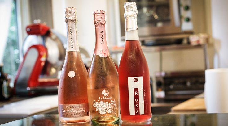 Un tris di rosati: Il Lambrusco di Sorbara Rosà (Garuti), il Pinot Nero Rosé (Le Monde) e il Franciacorta Rosé Rosi delle Margherite (Le Cantorie). Questo trio è in promozione per la Notte Rosa 2014!