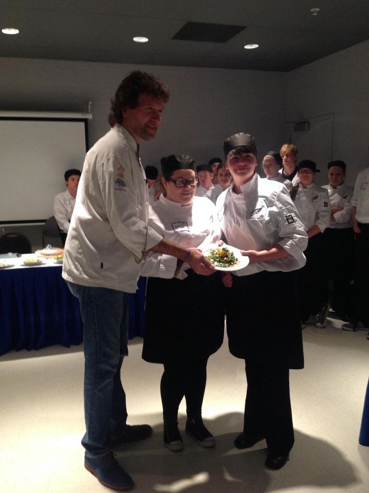 Tough decision but this pair did an incredible job showcasing their talent in the #CulinaryChallenge @SuperiorHeights