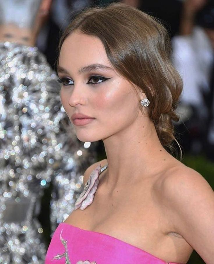 250 best images about lily rose depp on pinterest 2017 natalie portman and toronto. Black Bedroom Furniture Sets. Home Design Ideas