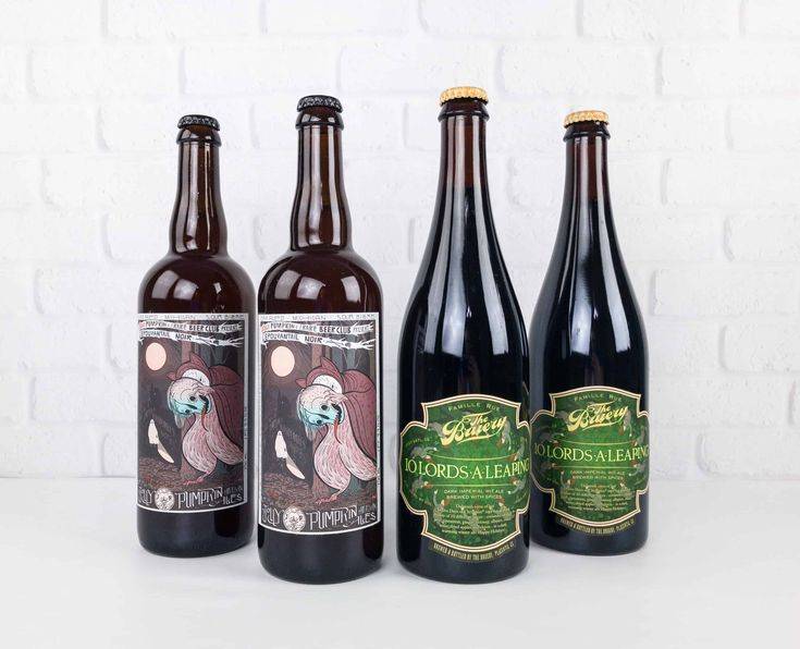 The Rare Beer Club delivers four 750 ml bottles of incredible beer each month. Check out my review of December 2017's fruited and spiced offerings!   Rare Beer Club by The Microbrewed Beer of the Month December 2017 Subscription Box Review →  https://hellosubscription.com/2018/01/rare-beer-club-microbrewed-beer-month-december-2017-subscription-box-review/ #MicrobrewedBeerOfTheMonth #RareBeerClub  #subscriptionbox